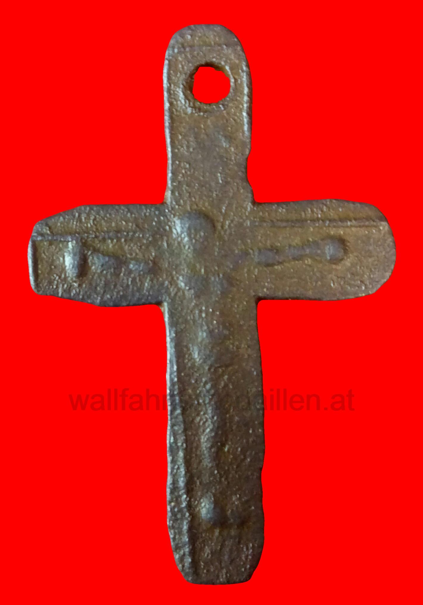 Lateinisches Bronzekreuz